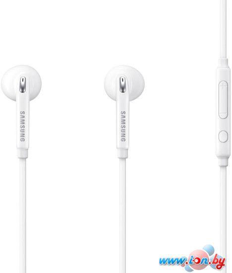 Наушники с микрофоном Samsung EO-EG920L (белый) [EO-EG920LWEGRU] в Могилёве