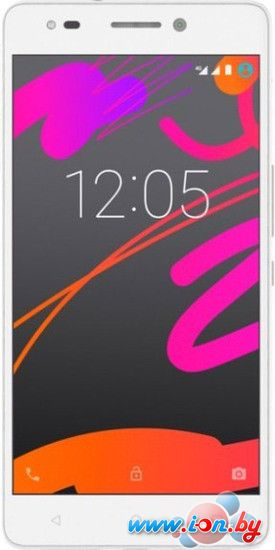 Смартфон BQ Aquaris M5.5 2GB/16GB White в Могилёве